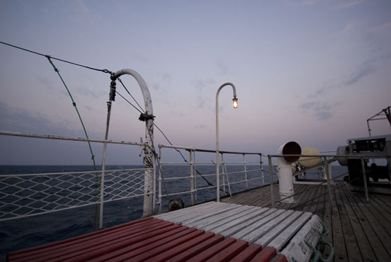 A very sickening journey along lake Malawi/Niassa to Mozambique on the Ilala, sleeping on the deck with a swell bigger than i have ever seen before